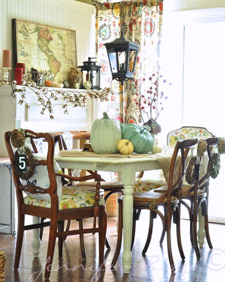 Bohemian Fall Dining Room, Love The Pumpkin Colors