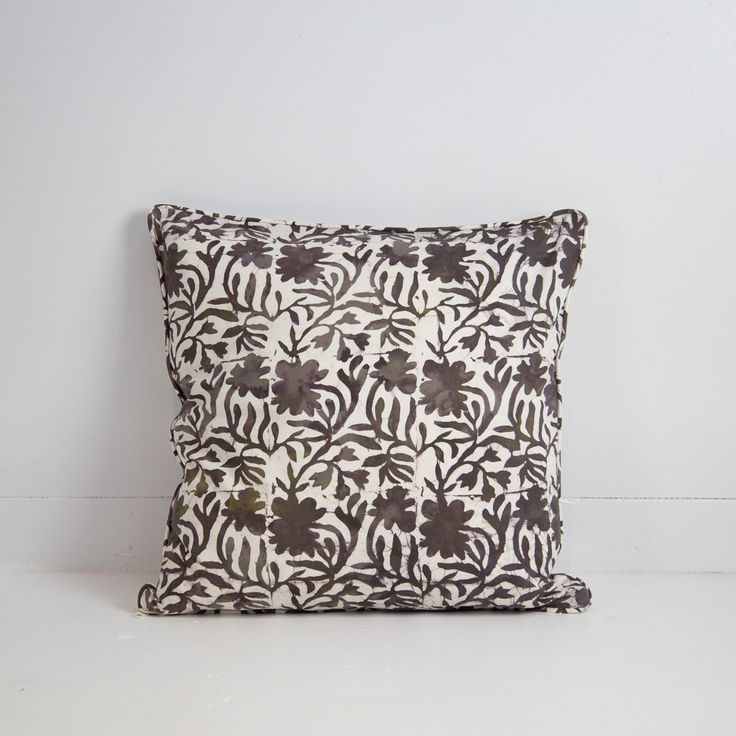 Hand-stamped Batik Cushion Cover (Brown)
