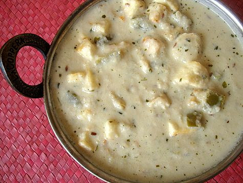 Yesterday, I prepared Kaju Paneer with rotis. I was going to prepare Kadai Paneer but decided against it since I had already blogged the recipe earlier. For my readers sake and to cater to requests for party paneer dishes, here is a delicious creamy curry that is sure to be a hit.
