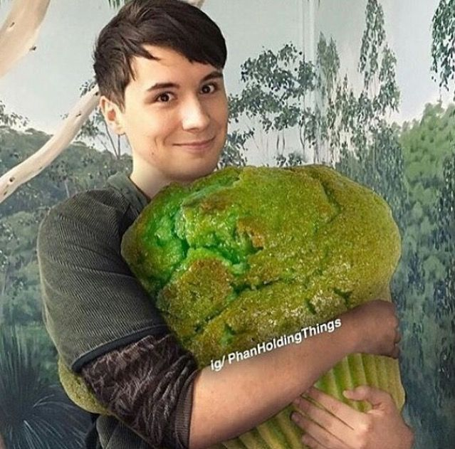 ITS THE PISTACHIO MUFFIN