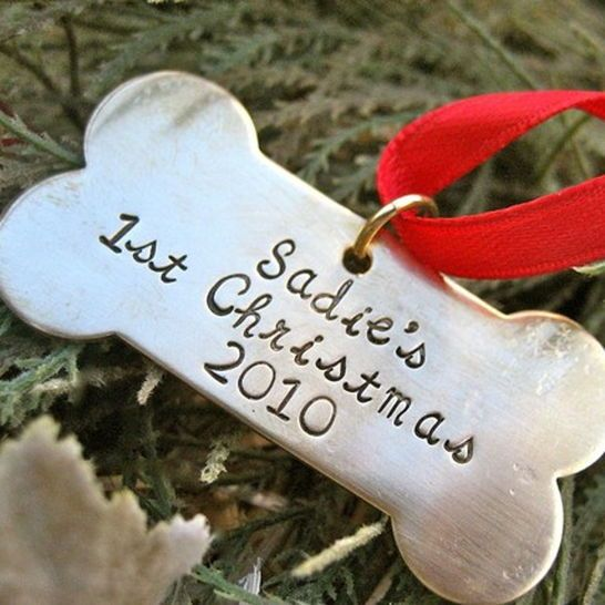 Puppy's First Christmas, Dog Bone Ornament! Celebrate and remember your first Christmas with your new puppy! This ornament can hang on your tree for years to come, and makes a great gift for new puppy parents. Gift for Pets, Gift for Pet Lovers, Unique Gift Ideas, Creative Gifts, Christmas Gifts, Christmas Presents, Secret Santa Gift Ideas #GiftCreativity