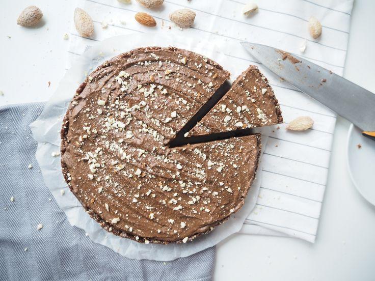 Čokoládovo-datlový nepečený dort (raw)