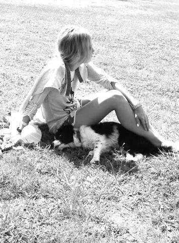 Gave her a little shadow under the sun :) #balaton #lovemydog #dog #bordercollie