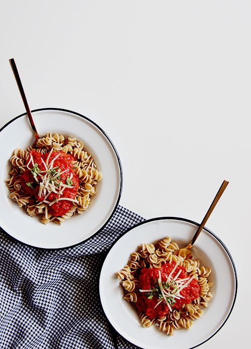 3 ingredient pasta sauce  A Pasta Dish for Busy Hands | @thefauxmartha
