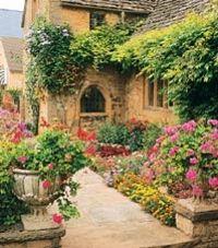 Costwolds, conheça-a em uma viagem de um dia a Oxford, Cotswolds, Stratford-on-Avon e Castelo de Warwick saindo de Londres! #viagem #turismo