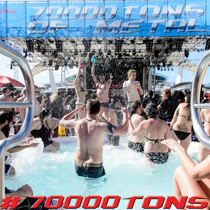 Watching your favorite bands from the hot tubs on the Pool Deck. Life doesn't get any better than this!  ⠀  Photo credit: Pit-Art Photography⠀  ⠀  #70000tons #MetalCruise #70000tonsofmetal #Metal #Metalheads #MusicFestival #Festival #MetalFestival #HeavyMetal ⠀