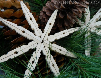 Snowflake made from clothespins-  ((Dishfunctional Designs: Clothespins & Hangers Upcycled & Repurposed))