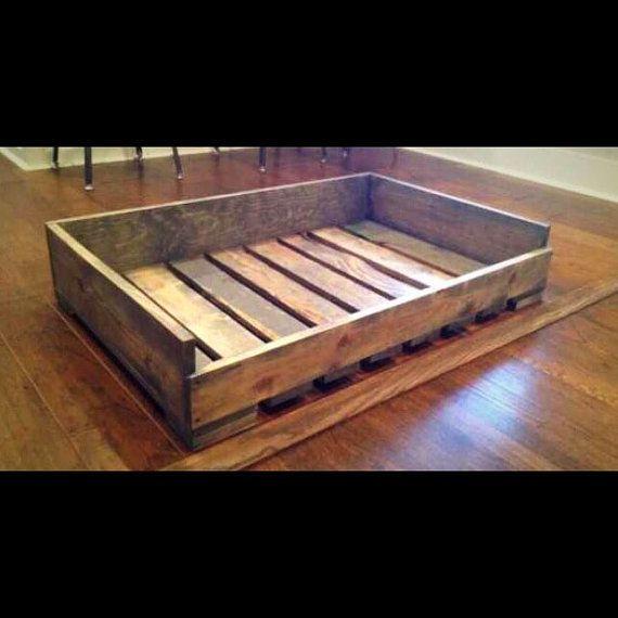 Plataforma reciclada perro rústico madera cama - cama del gato perro elevado cama - plataforma perro cama - perro - perro de madera-