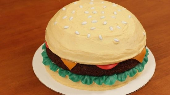 Hamburger Cake 6