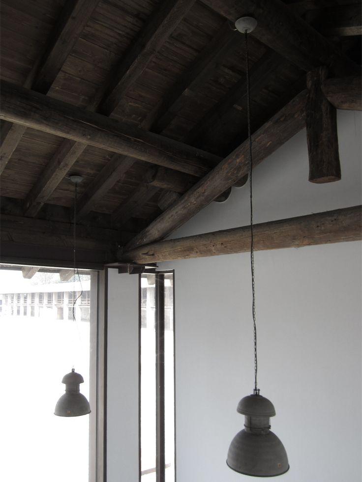 Materiali antichi rivisitati in chiave moderna e minimale #interior #architettura