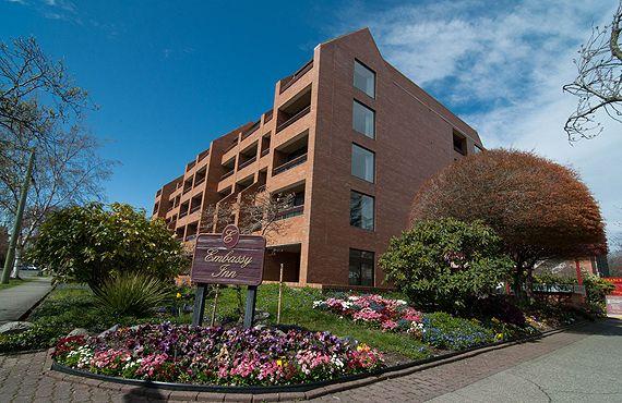 Embassy Inn Hotel | Downtown Victoria BC Hotel