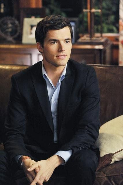 Ian Harding/Ezra Fitz. Why don't teachers and professors look like this in real life?!?!