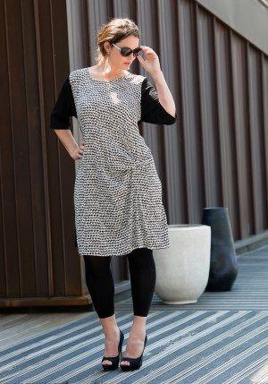 exelle black-white dress, vintage print