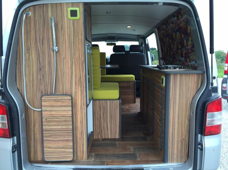1000 id es sur le th me fourgon am nag camping car sur pinterest fourgon am nag fourgon et. Black Bedroom Furniture Sets. Home Design Ideas