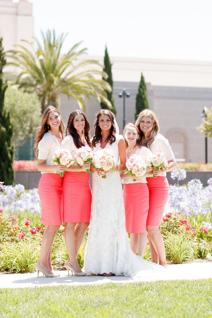 Pop of Coral. Photography by Ashlee Raubach / Floral Design by Twig and Twine