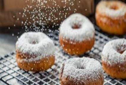 tromaktiko: Αφράτα ντόνατς με ζάχαρη άχνη