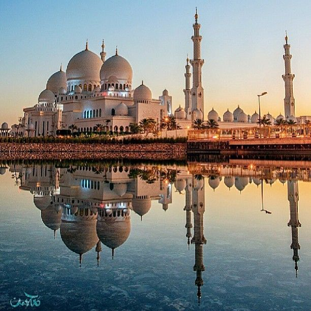 Sheikh Zayed Grand Mosque Abu Dhabi Uae By Mohsen Jafar