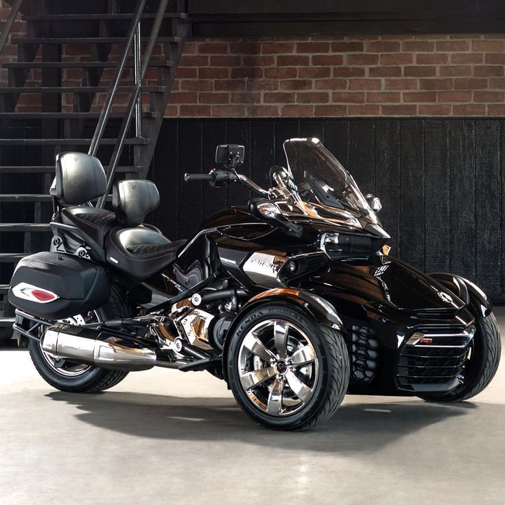 F3 Touring Escape Package - Can Am Spyder