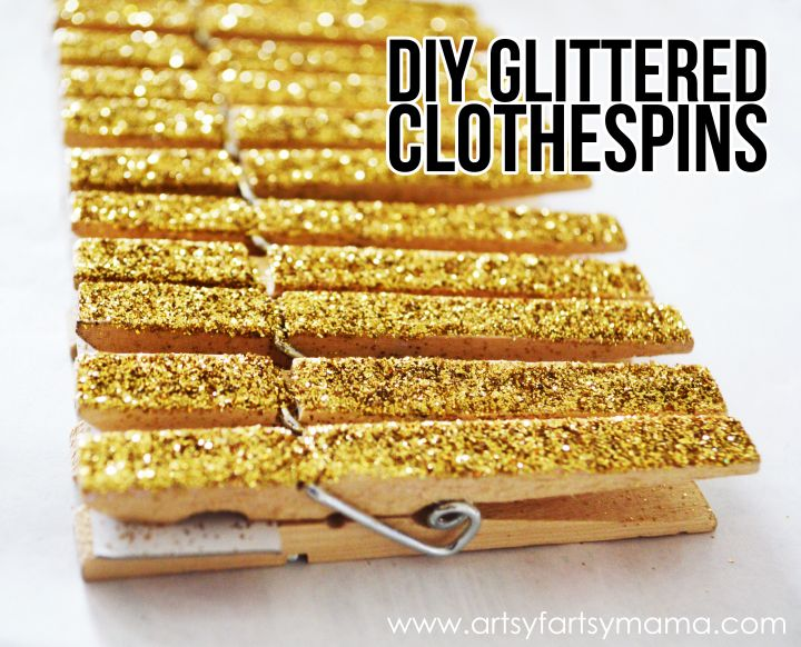 DIY Glittered Clothespins at artsyfartsymama.com #glitter #clothespins