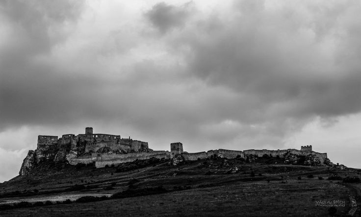 Spis Castle   One of the largest medieval castles of Europe - Slovakia
