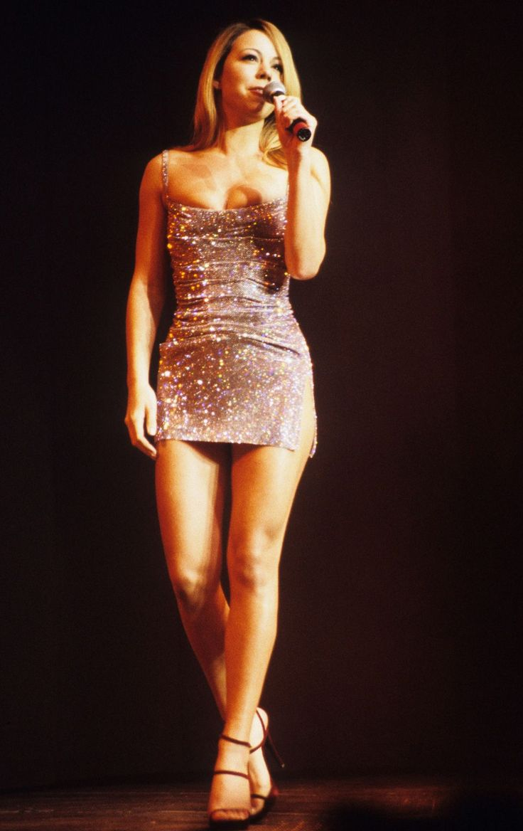 12 '90s Mariah Outfits That Prove She Has Range+#refinery29