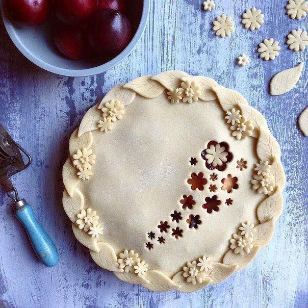 I SO do not have the patience for these kind of baking shenanigans. But it is very pretty!