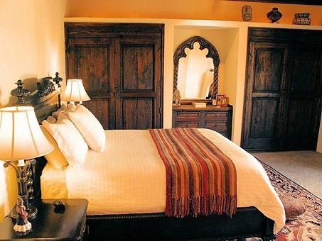 Best 25 mexican bedroom decor ideas on pinterest cactus for Spanish style bed