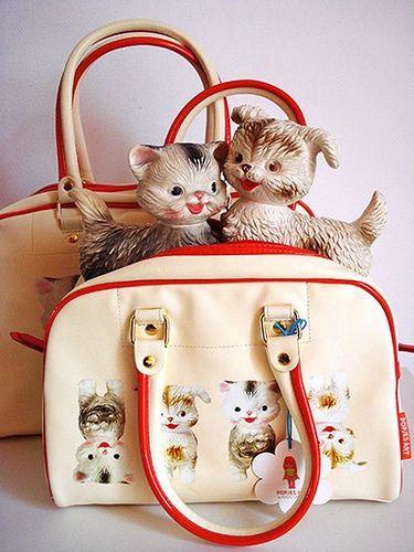 Bags Cats and Dogs. Popjes Art. www.popjesartshop.nl/en/bags