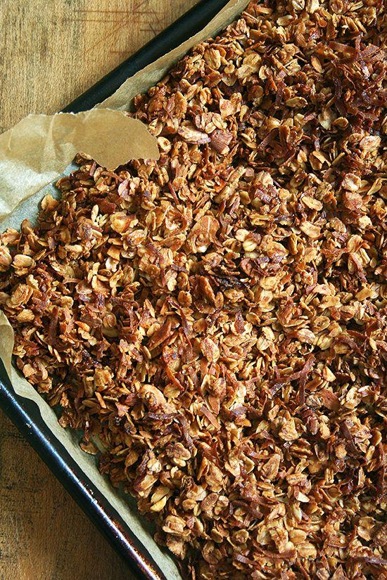 homemade granola: Oatmeal Cookies, Almonds Coconut, Wheat Breads Recipes, Salts Oatmeal, Healthy Recipes, Breakfast Recipes, Homemade Granola Recipes, Coconut Almonds Granola, Coconut Granola