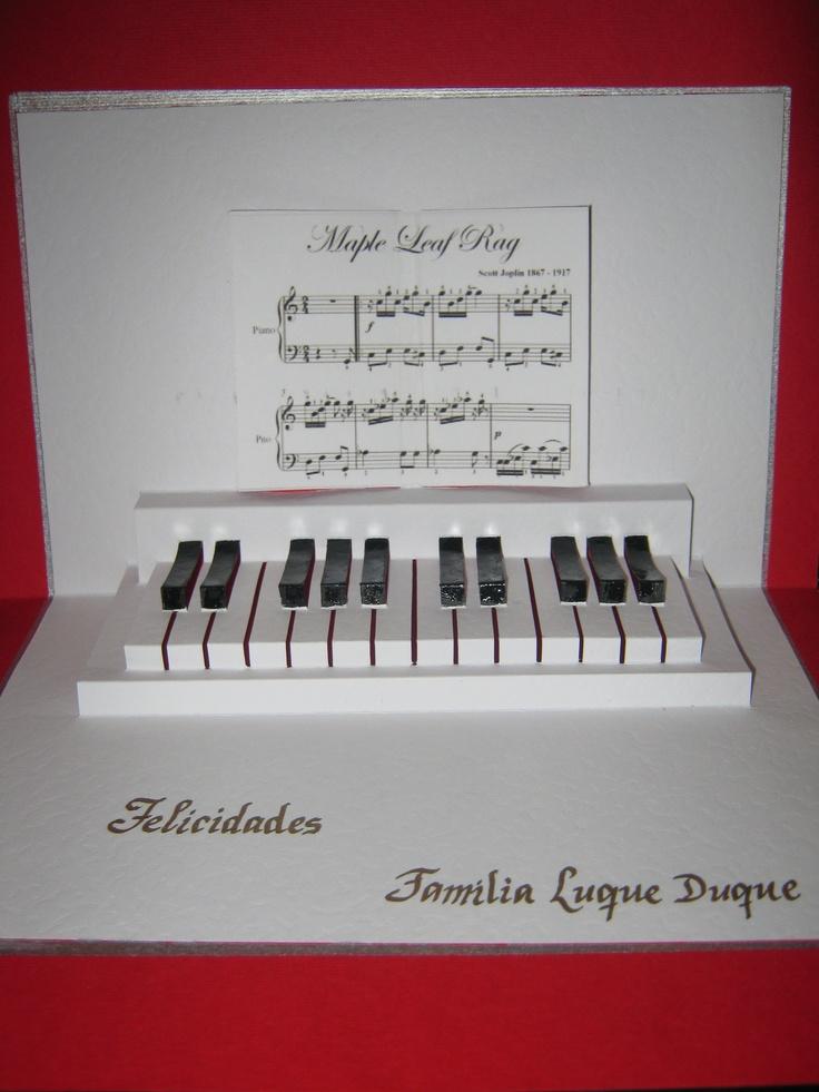 KIRIGAMI PIANO