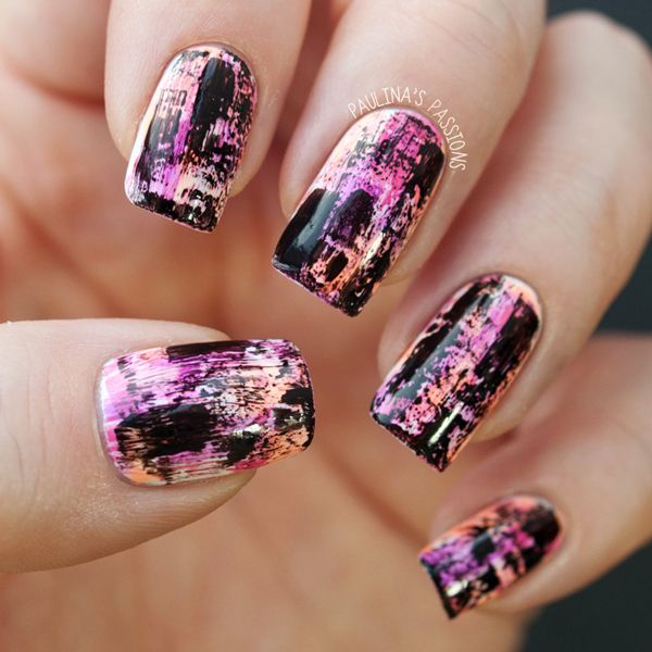 Paulina's Passions: Chalkboard Nails Distressed Manicure