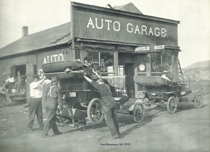 90 best old time repair shop images on pinterest car for Garage reparation ford