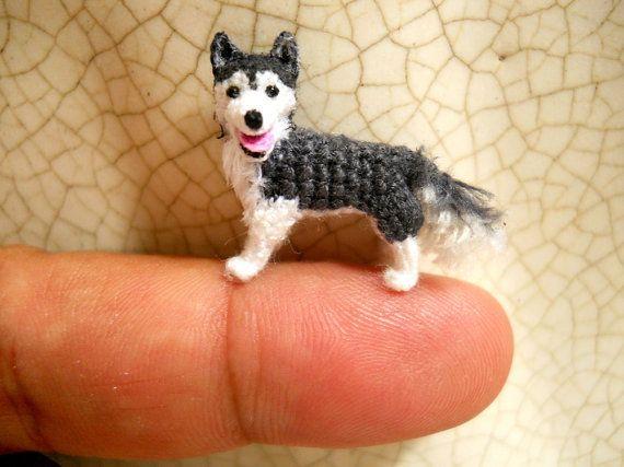 Miniature Husky  - Tiny Crochet Mini Amigurumi Dog Stuff Animal - Made To Order