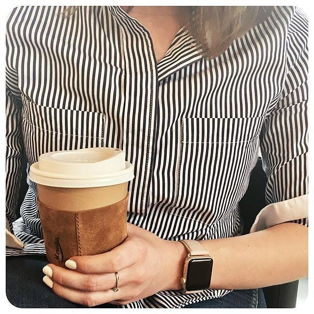 """Meridio (@meridioband) su Instagram: Repost @thatecongirl:  But first.... ☕️ enjoying my coffee today with the java jacket by #meridioband...""""  Discover our collection www.meridioband.com   #applewatch #applewatchband #leather #madeinitaly #cupsleeve #coffeebreak #coffeetime #javajacket"""