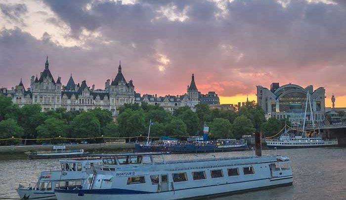 3 Excellent Reasons to Have Your 2017 Christmas Party on a Cruise Boat on the Thames