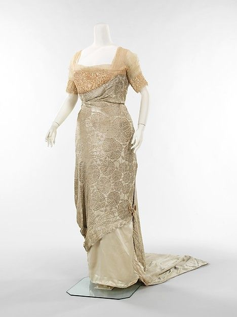 Evening dress Callot Soeurs (French, active 1895–1937) Date: 1911–14 Medium: silk, metal Accession Number: 2009.300.1192