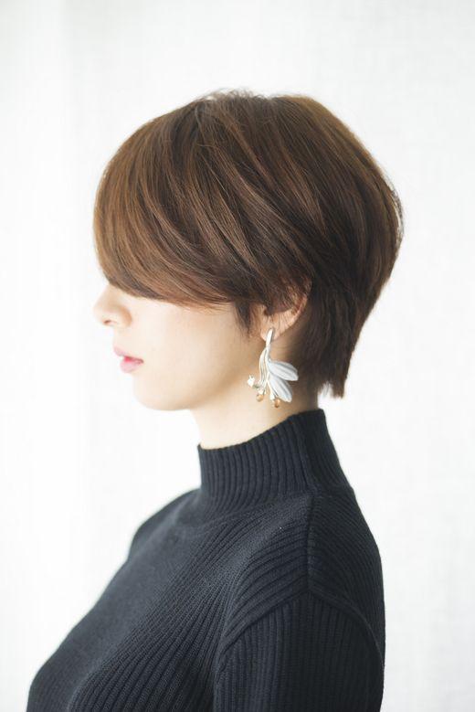 ナチュラル プレーン ヘア 最旬モードなショートヘアスタイル。