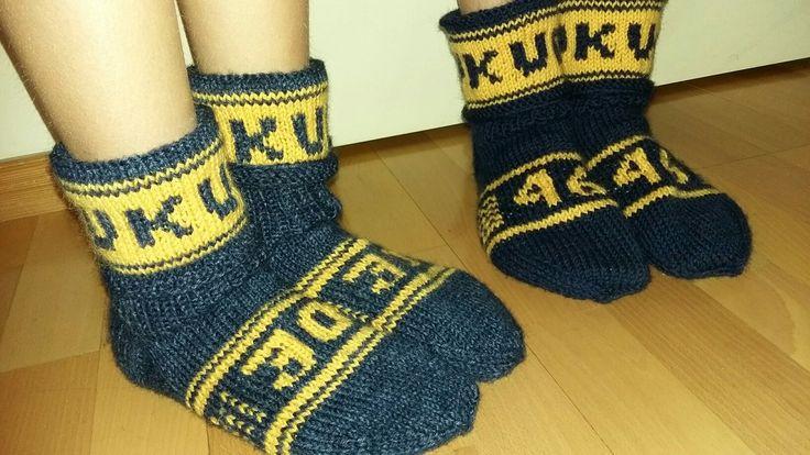 Kiekkoilijoille sukat pelinumeroilla.
