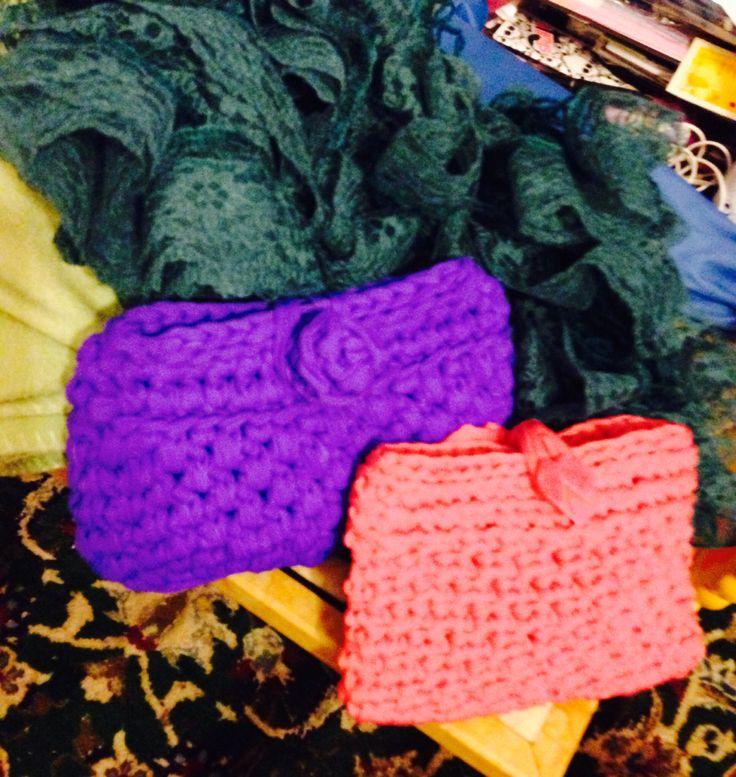 Viola e rosa più sciarpa pizzottosa cobalto