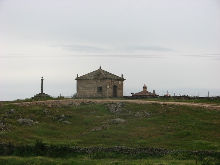 Ermita del Buen Jesús del Humilladero, a las afueras de Brozas, junto a la carretera de Herreruela y del magnífico Hotel Convento de la Luz.