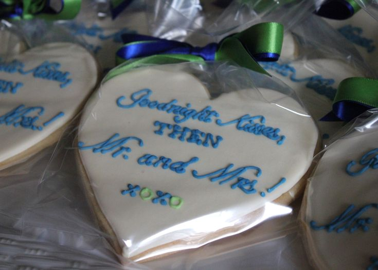 Wedding Take Home Gifts: Heart Shaped Cookies For A Rehearsal Dinner