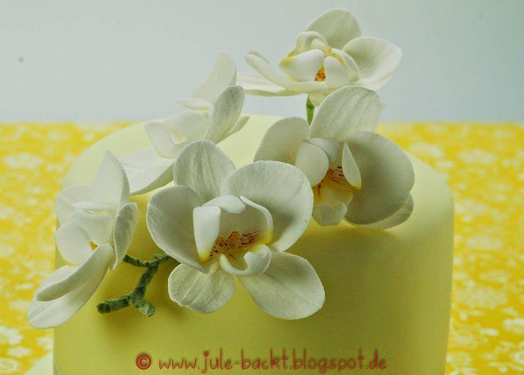 http://jule-backt.blogspot.de/2015/02/gelbe-orchideentorte.html