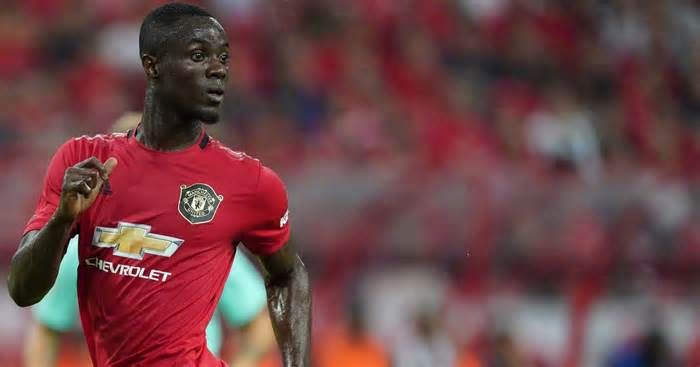 Manchester United Fans Believe Eric Bailly Has Hinted At An Injury Return Get The Latest News For Manche Manchester United Fans Manchester United Man United