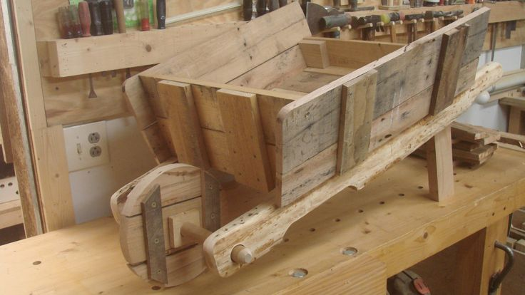 Build A Wheelbarrow Woodworking Projects Amp Plans