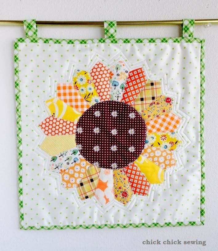 chick chick sewing: How I made the Sunflower Dresden Mini Quilt ♪ドレスデンプレートで向日葵(ひまわり)のミニキルト♪