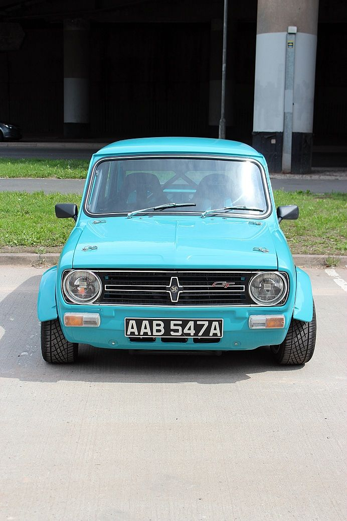 125 best images about classic mini on pinterest cars. Black Bedroom Furniture Sets. Home Design Ideas