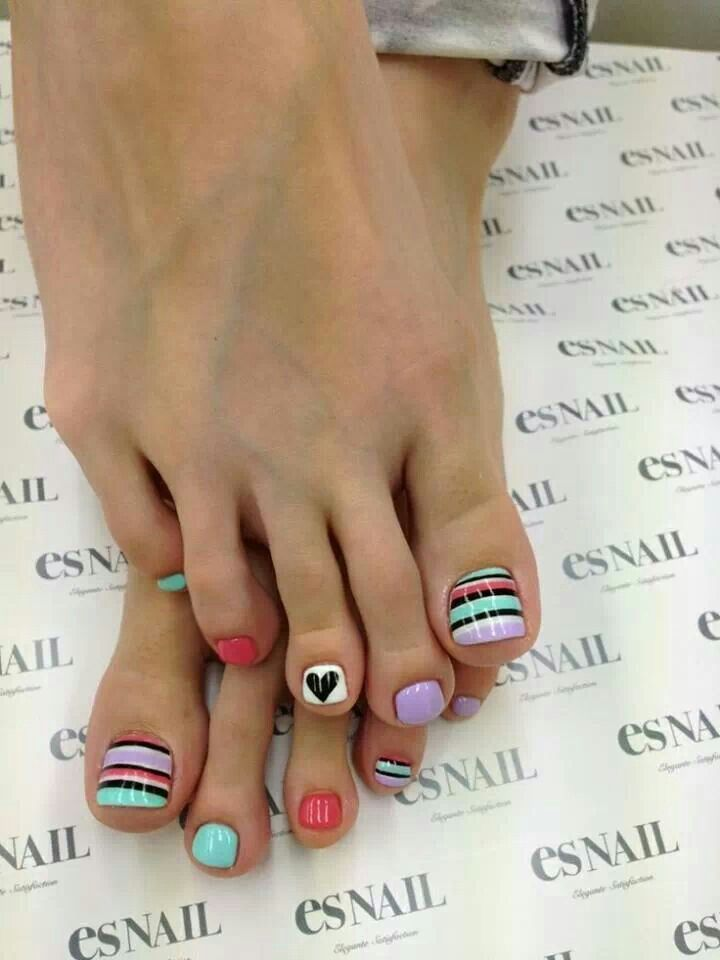 Spring colors - Stripes - Hearts - Toe nail design