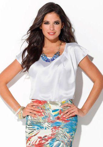 Saténová halenka s ozdobnými sklady #ModinoCZ #blouse #white #formal #fashion #elegance #moda #halenka #bluza #formalni