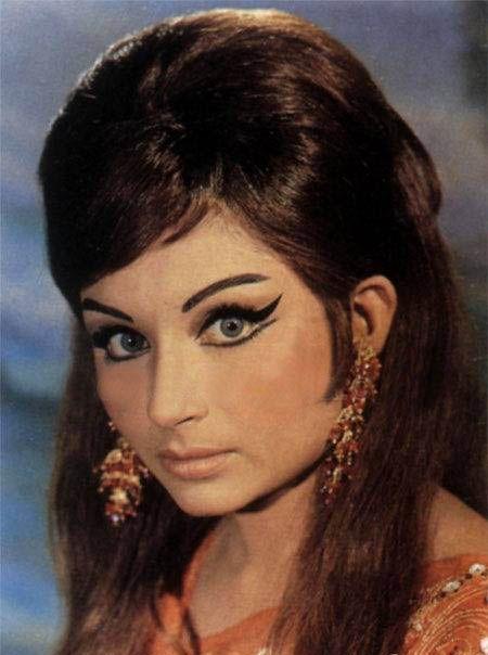 Sharmila Amazing eye makeup of Bollywood.