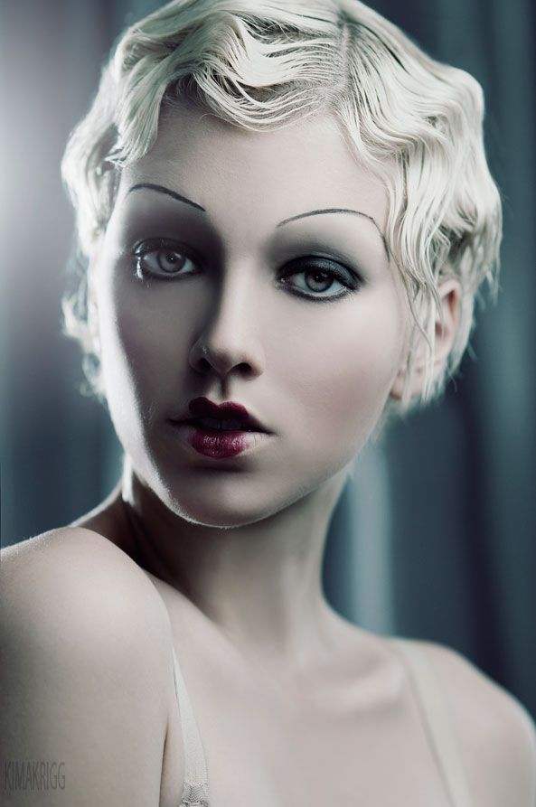 Finger waves / 1920's make up